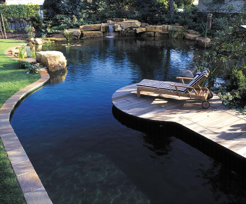 Die gartenidee schwimmteich for Gartenidee diepenau
